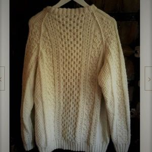 Vintage oversized chunky knit off white sweater